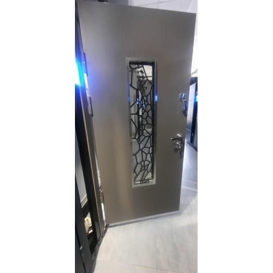 Вхідні двері MAGDA Т 4.1 1200х2050 термо графит 157 ковка №19 праві