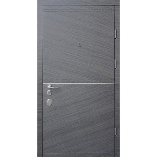 Вхідні двері STRAJ 850*2050 модель Престиж Соло софт блек/мілк